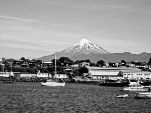marinaen i new plymouth med udsigt til mount taranaki